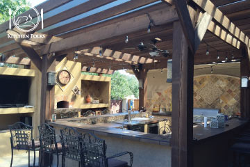 An Outdoor Kitchen – A Great Addition to Your Home