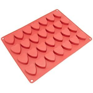 Freshware CB-109RD 28-Cavity Heart-Shaped Silicone Mold