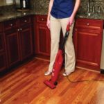 How-to-Vacuum-Your-Kitchen 01
